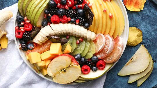 Découvrez les bienfaits des fruits et comment les cuisiner avec Cuiz'in Sur Cours